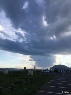 写真4雨雲.jpg